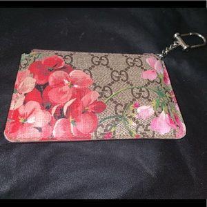 Gucci GG Blooms key case.